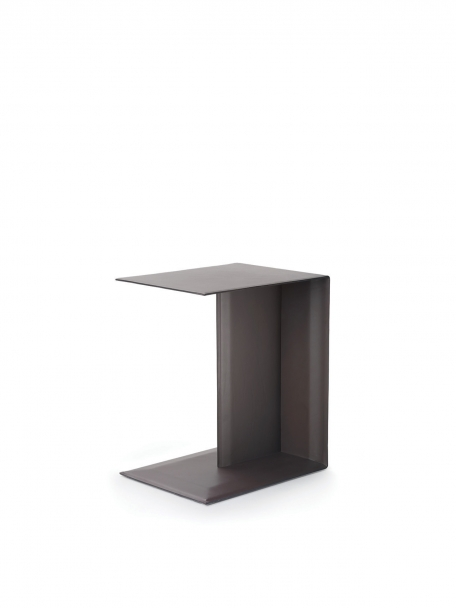 FLEXFORM Plain Sidetable